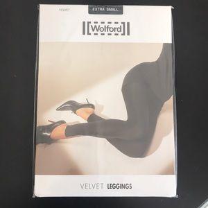 Wolford velvet Leggings size extra small